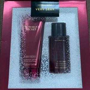 Victoria's Secret Very Sexy Set